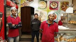 Nhà hàng miễn phí cho người nghèo giữa lòng quốc gia giàu nhất thế giới