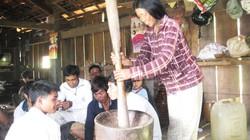 Tục cúng vòng đời lúa của người Gia Rai ở Kon Tum