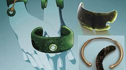 Phát hiện chiếc vòng tay cổ nhất thế giới