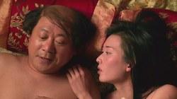 """""""Nóng"""" với cảnh động phòng của Lâm Chí Linh"""