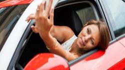 96% 'tài xế' nhắn tin và kiểm tra email khi lái xe
