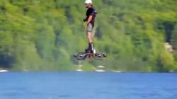 Clip: Lướt ván ở độ cao 2m trên mặt hồ