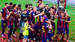 Chùm ảnh: Sao Barca phấn khích nâng cúp vô địch La Liga