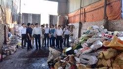 """100% trẻ nhiễm chì: """"Dời ngay hộ làm nghề tái chế chì khỏi làng"""""""