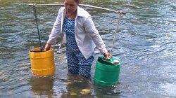 Thôn nghèo thiếu đất sản xuất và nước sinh hoạt