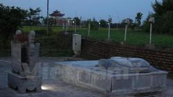 Tháo dỡ và di dời 6 tấm bia phản cảm còn lại ở đền Trần