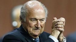 SỐC: Blatter từ chức Chủ tịch FIFA ngay sau khi tái đắc cử