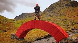 Độc, lạ cây cầu thiết kế toàn bằng giấy mà con người có thể đi qua