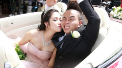 Phúc Bồ rước cô dâu hot girl bằng xe mui trần