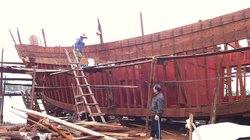 Ngư dân đóng tàu vỏ gỗ cũng được hỗ trợ