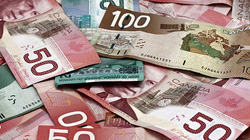Canada: Ăn mày nhặt được 33 triệu đồng, mang nộp cảnh sát