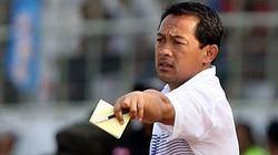 HLV Aji Santoso sẽ từ chức nếu U23 Indonesia bán độ