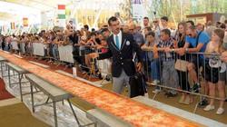 Ý làm bánh pizza khổng lồ dài 1.500m cho 30.000 người ăn