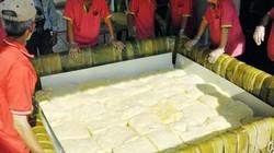 """Bánh chưng 2,5 tấn: """"Giỗ Tổ đã thừa kỷ lục"""""""