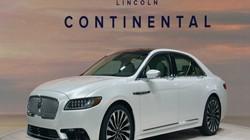 Lincoln Continental 2017 công bố giá, hút nhiều khách hàng