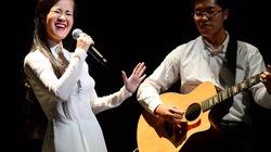 Hồng Nhung hát nhạc Trịnh bằng 2 tiếng Việt - Nhật