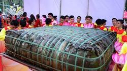 TPHCM: Dâng lễ vật khổng lồ lên vua Hùng ngày Giỗ Tổ