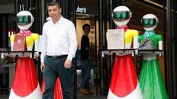 Đại gia Trung Quốc đi mua sắm, 8 robot nữ kè kè hộ tống