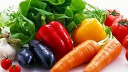 Infographic: 10 loại rau củ 'tắm' hóa chất nhiều nhất