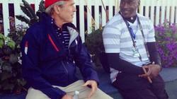 """Cựu tổng thống Mỹ Bush """"vui thú điền viên"""""""