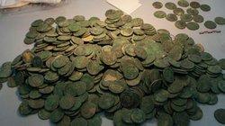 Phát hiện 6 tạ tiền đồng cổ quý hiếm ở Tây Ban Nha