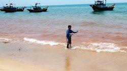 Vệt nước đỏ dọc bờ biển Quảng Bình đã biến mất