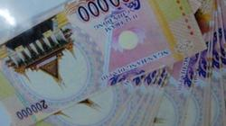 Đổi đô la âm phủ lấy 7 tỷ tiêu xài