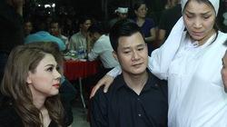Dàn sao Việt xót xa tiễn đưa bố Hồng Ngọc trong đêm