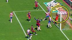 Clip: Bàn thắng bị khước từ gây tranh cãi của Barcelona