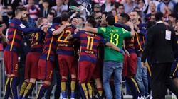 Chùm ảnh cầu thủ và CĐV Barcelona vỡ òa trong ngày vô địch