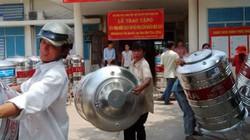 """TP.HCM: Nhiều hộ dân """"nhắm mắt"""" dùng... nước bẩn"""