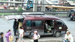 """TP.Hồ Chí Minh: """"Mệt nhoài"""" xử lý xe dù, bến cóc"""