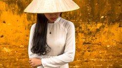 Tà áo dài Việt Nam duyên dáng trên báo nước ngoài