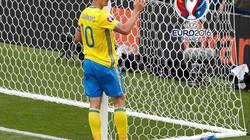 """Clip: Pha """"hỏng ăn"""" khó tin của Ibrahimovic trong trận gặp Italia"""