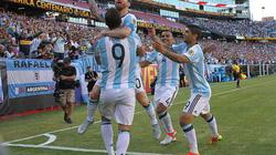 Messi tỏa sáng rực rỡ, Argentina thẳng tiến vào bán kết