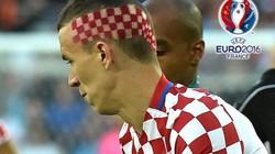 """Cận cảnh mái tóc """"không giống ai"""" của tuyển thủ Croatia"""