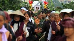 Tiếng khóc xé lòng tiễn đưa bé gái bị sát hại ở Nhật về với đất mẹ