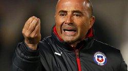 """HLV Sampaoli bỏ tiền túi """"chuộc thân"""" để dẫn dắt ĐT Argentina?"""
