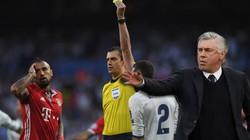 Thua thảm trước Real, HLV Ancelotti nói gì về... trọng tài?