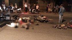 Hai xe máy nát bét, 4 người thương vong sau cú va chạm kinh hoàng