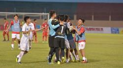 """U19 HAGL """"phục thù"""" U19 Myanmar trên chấm 11m"""