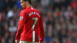 """""""Cristiano Ronaldo bị ám ảnh về sự hoàn hảo"""""""
