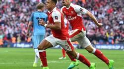 Đánh bại Man City, Arsenal vượt qua thành tích của M.U