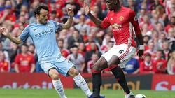M.U và Man City cùng nhận hung tin ở trận derby Manchester