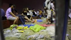 Ảnh: Ngập rác sau đêm thi pháo hoa đầu tiên ở Đà Nẵng
