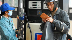 Hôm nay, giá xăng có thể giảm khoảng 700 đồng/lít?