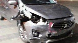 Sợ bị đánh, tài xế ô tô gây tai nạn rồi bỏ chạy náo loạn đường phố
