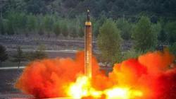 """Tên lửa mới của Triều Tiên đủ sức """"thổi bay"""" căn cứ Mỹ"""