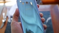 """Trên tay HTC U 11 thiết kế """"sang chảnh"""", RAM 6GB"""