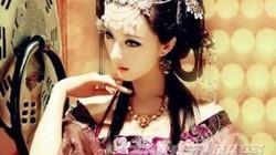 """Công chúa Trung Hoa thông dâm với em trai, tuyển 30 mỹ nam """"phục vụ"""""""